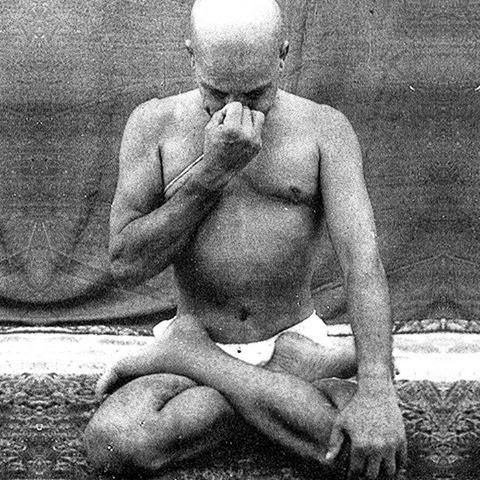krishnamacharya-pranayama-2