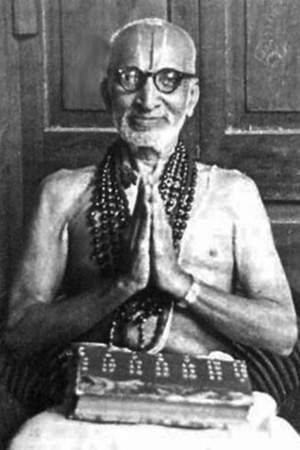 Krishnamacharya-vintage-yoga-photo-5